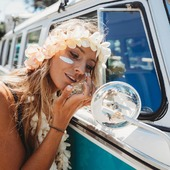 Comme une envie d'aventures par ici ! 🌴🌺😎 Dites-nous tout, quelle est votre destination préférée pour une escapade de quelques jours ? _ 📸 : @maudlecar . #soleildesiles #soleil #monoï #sunaddict #protectionsolaire #vacances #summer #summeradventure